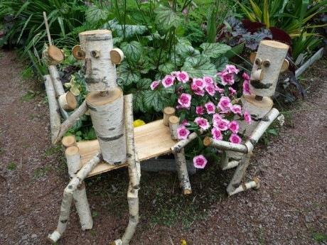 Красивые поделки из дерева для сада фото