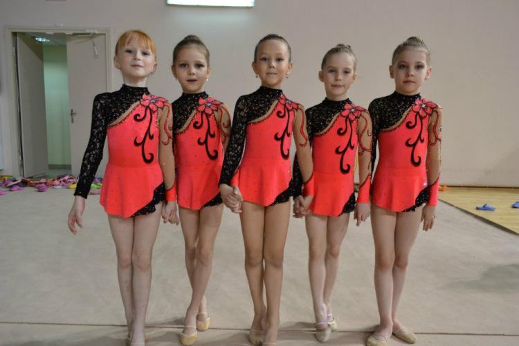 Как сделать гимнастический костюм своими руками 73