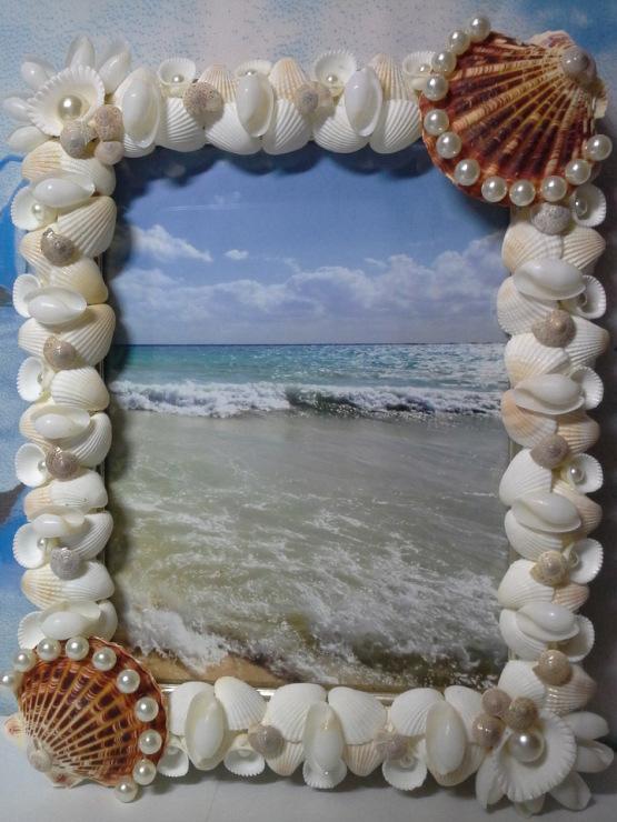Фоторамка из морских ракушек